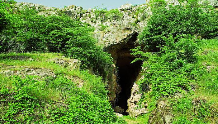 Azıx mağarası