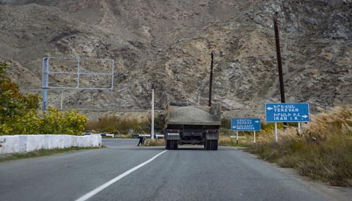 Rusiya yük maşınlarının Ermənistana hərəkəti dayandırıldı - İran rəsmisi