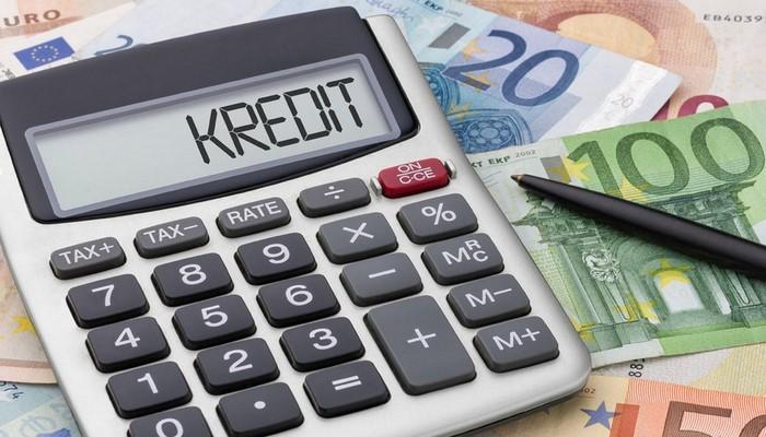 Azərbaycan banklarının kredit qoyuluşu artıb