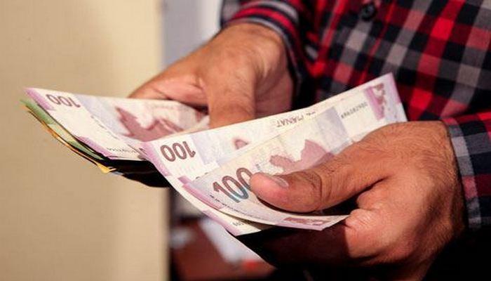 Azərbaycanda əməkhaqqı 8 manat 90 qəpik azaldı – MƏBLƏĞ