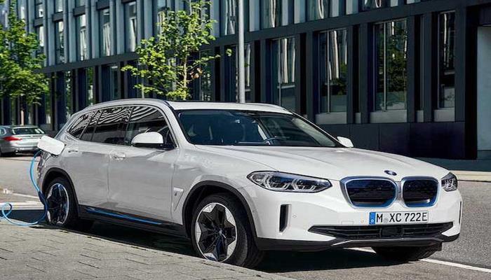 BMW iX3 rəsmi olaraq təqdim edilib