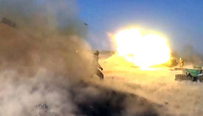 Düşmən mövqelərinə raket-artilleriya zərbələrinin endirilməsi