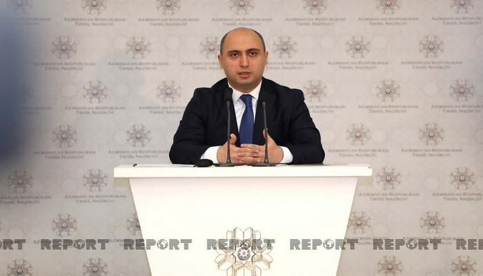 """Emin Əmrullayev: """"24 məktəbdə monitorinqlər keçirilib"""""""