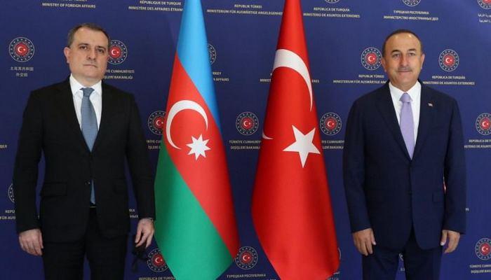 Министр иностранных дел Азербайджана встретился с турецким коллегой